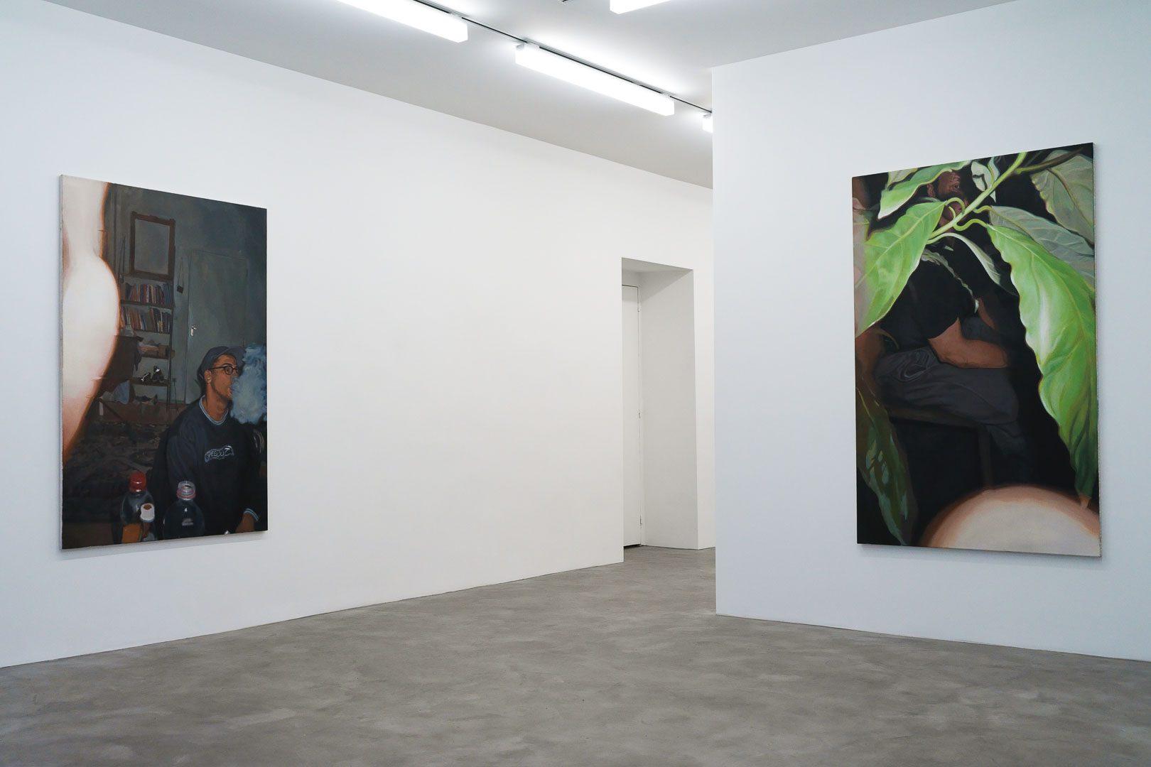 """Vue de l'exposition """"Overexposure"""", GALERIE CHLOE SALGADO I © GALERIE CHLOE SALGADO et Julian Simon"""