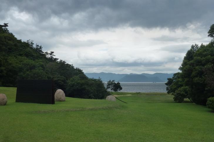 SPECIAL Barfuß bei Monet - Setouchi Triennale auf Naoshima 1