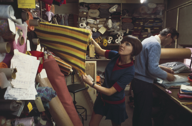 Mary Quant selecting fabric, 1967 (C) Rolls PressPopperfotoGetty Images
