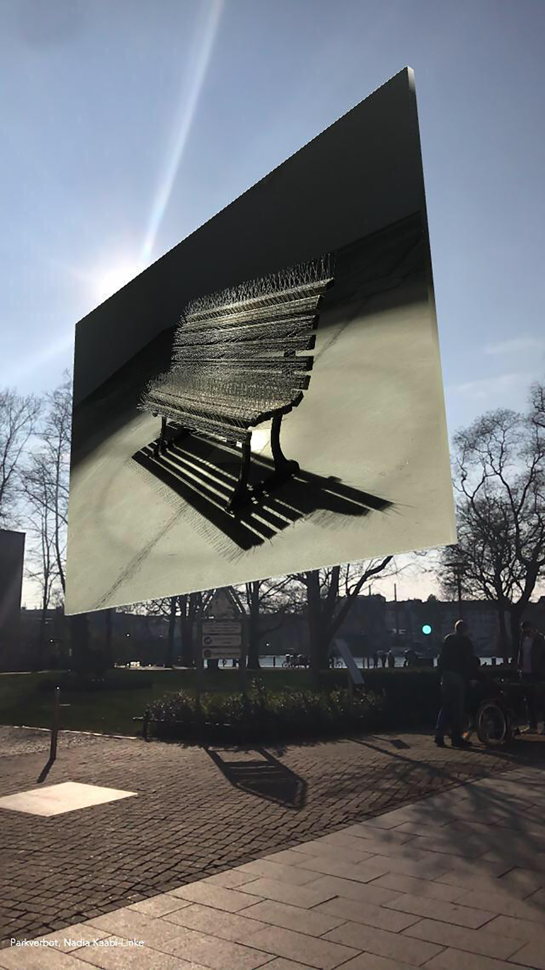 Nadia Kaabi-Linke, The Bench, 2019, Köpenicker Rathaus Berlin