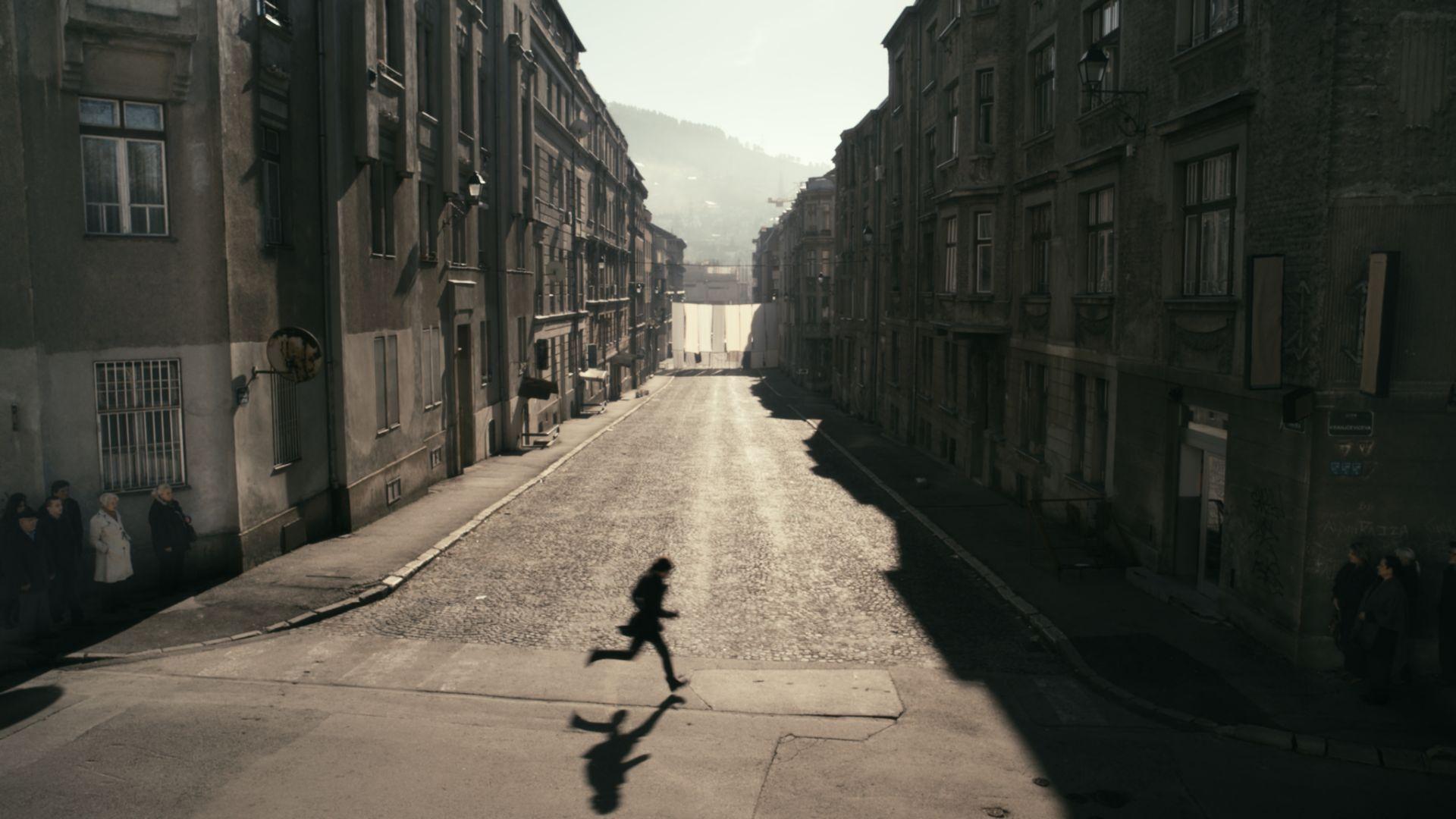 Gropius Bau, Anri Sala, 1395 Days without Red, 2011 © Anri Sala, Šejla Kamerić, Artangel, SCCA/2011, Courtesy: Marian Goodman Gallery und Hauser & Wirth, VG Bild-Kunst, Bonn, 2018