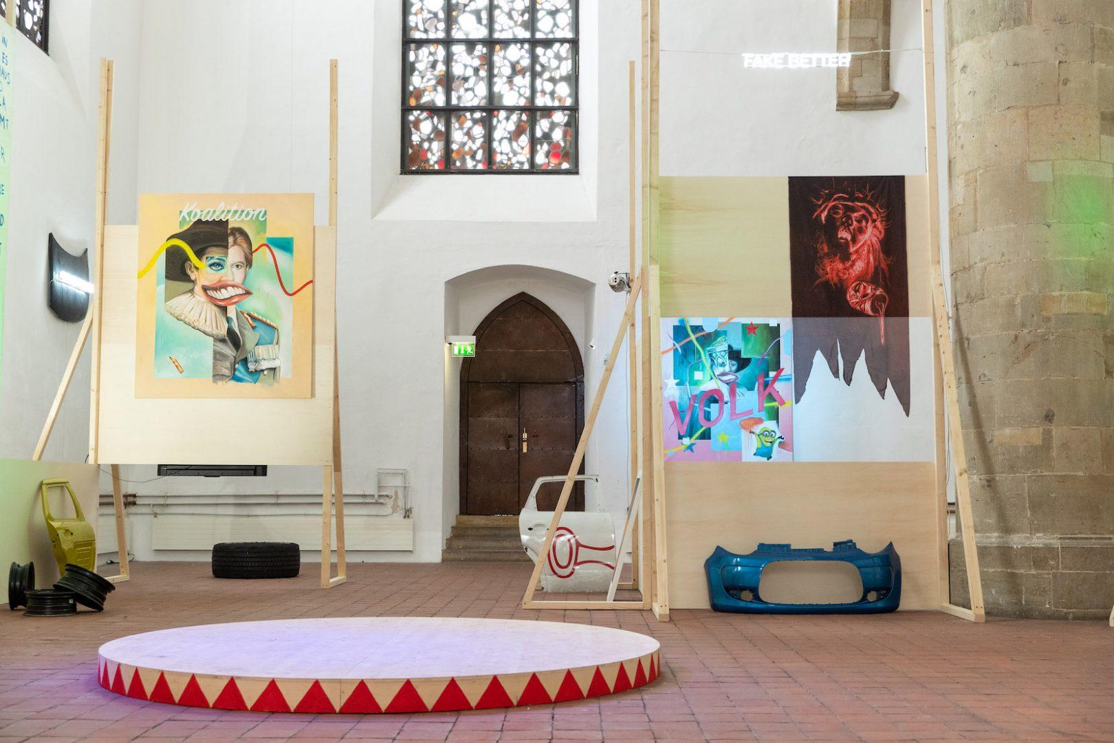 Filip Markiewicz | Celebration Factory, Ausstellungsansicht, Kunsthalle Osnabrück, 2019/20. Foto: Filip Markiewicz. Courtesy Filip Markiewicz / Kunsthalle Osnabrück