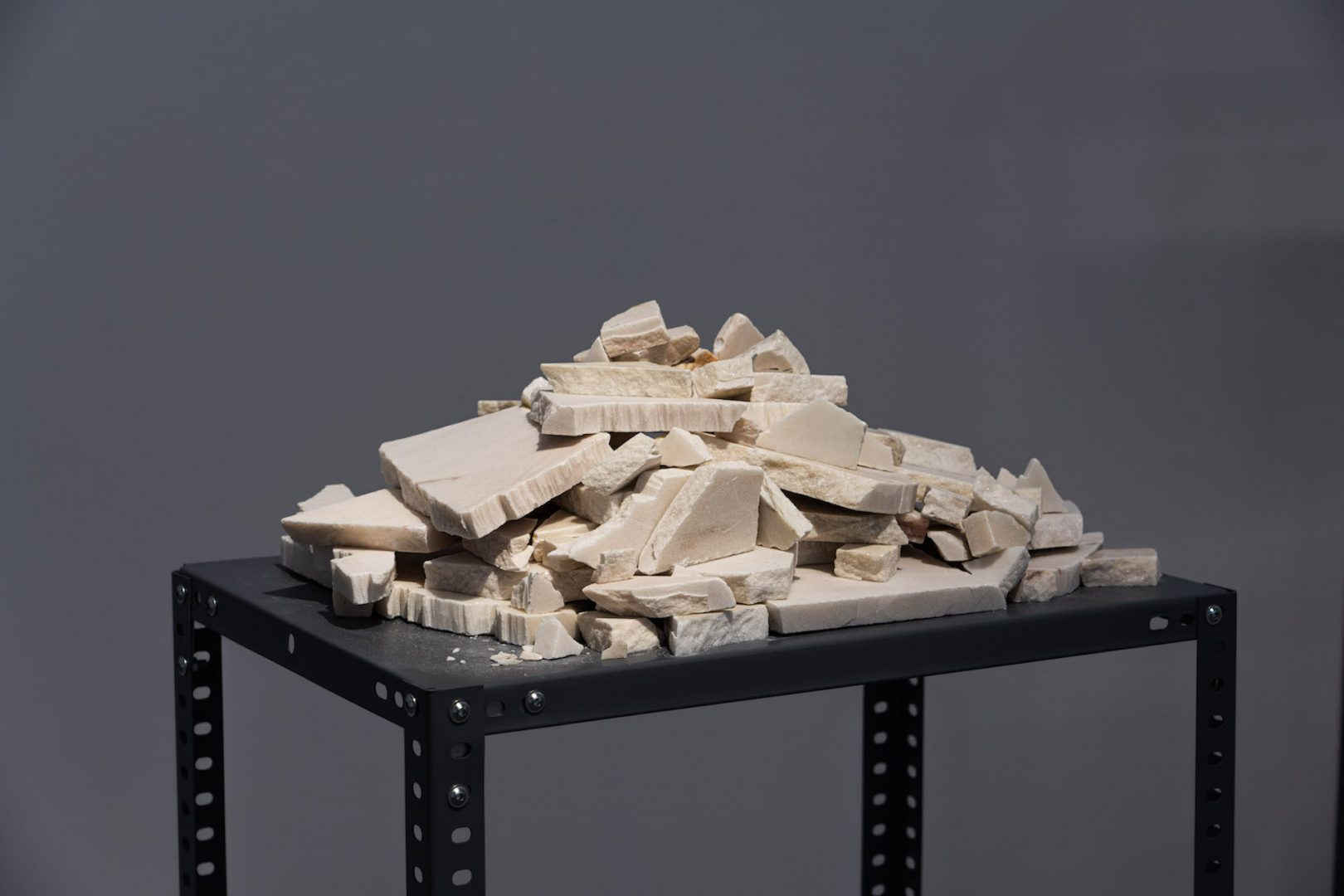 Talya Lubinsky, Exhibition View, Marble Dust, Künstlerhaus Bethanien, Berlin, 2020
