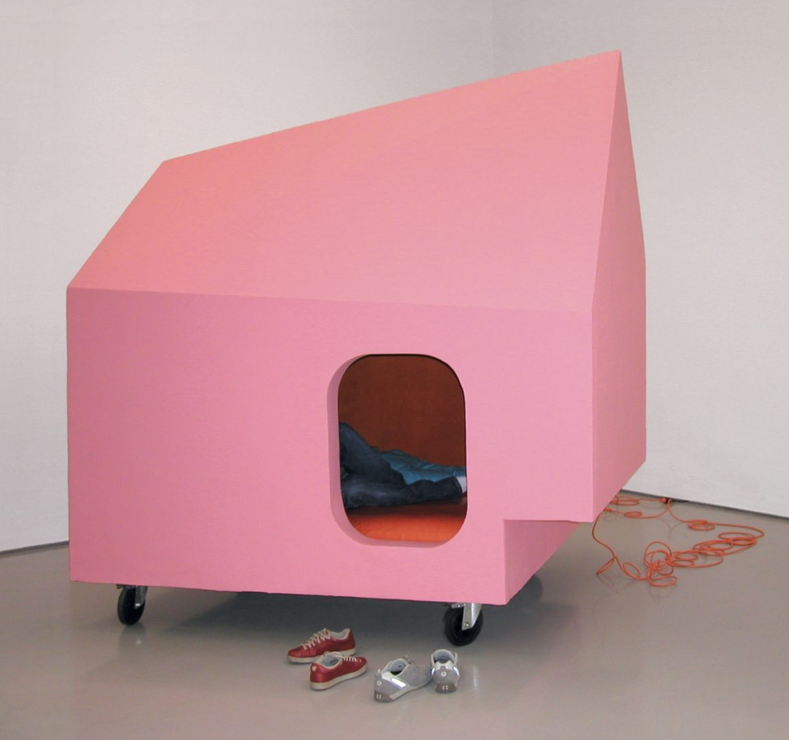Jeanne Susplugas, Pink house, 2002, mixed media. © Jeanne Susplugas