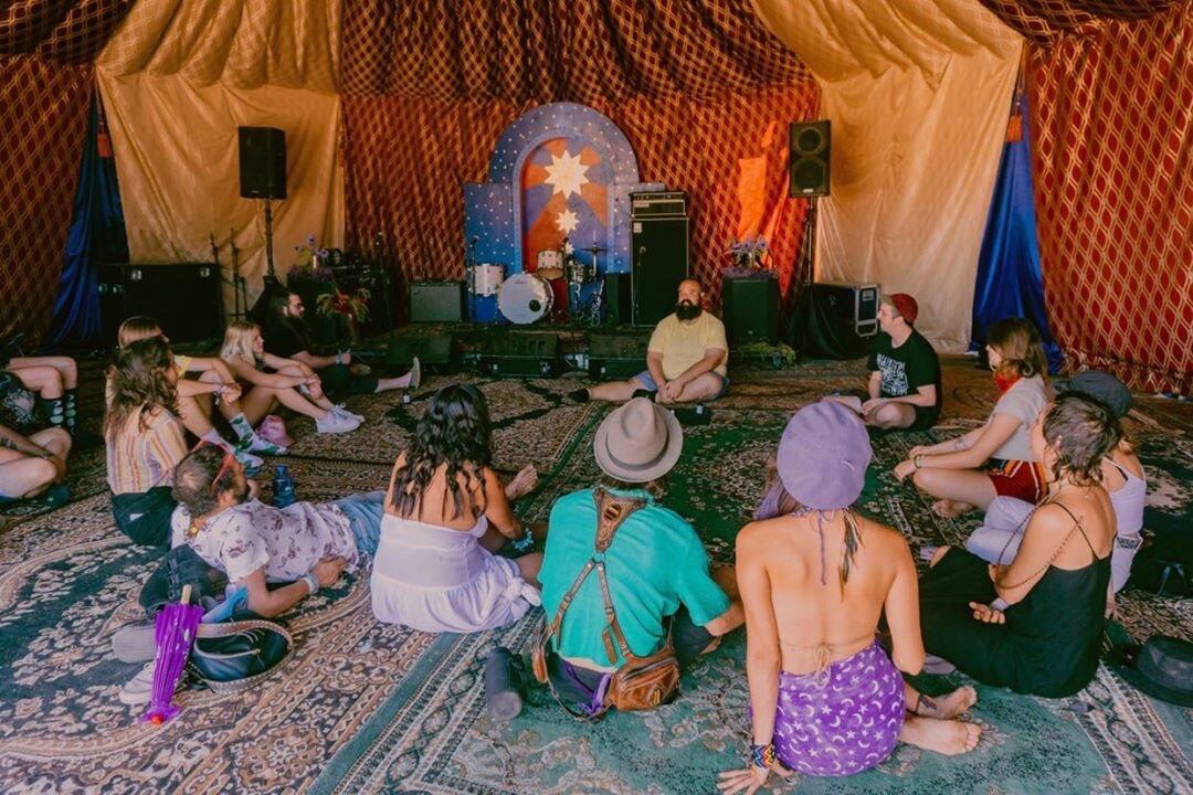Psychic Plant Spirit Communication at Desert Daze, photo by Jordan Pena